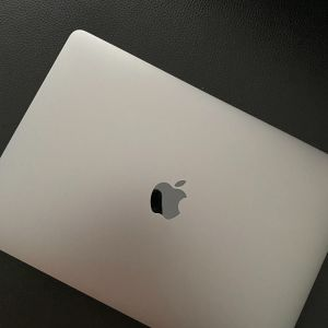 MacBook Pro13' (2019)