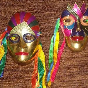 Μάσκες τοίχου μπρούτζινες