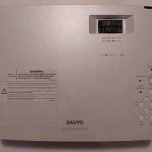 Sanyo PLC-XD2600 προτζεκτορας πολυ καλος!HDMI adaptor