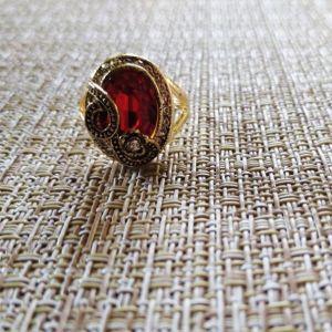 Δαχτυλίδι *Bershka*, μέγεθος 10 με μονοπετρα.