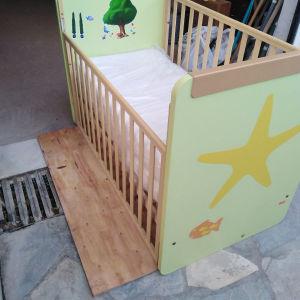βρεφικό παιδικό κρεβάτι με στρώμα