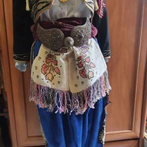 παραδοσιακη  φορεσιά  Μικρας  Ασίας