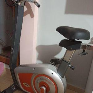 Ποδήλατο γυμναστικής αγορασμενο 350 ευρώ με προγραμματα ελάχιστα χρησιμοποιημενο