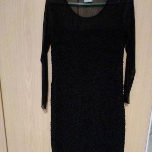 Φόρεμα μαύρο ελαστικό βραδυνό με διαφάνεια πάνω από το στήθος