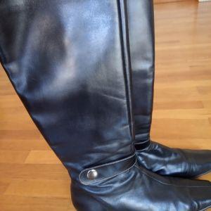 Μπότες γυναικείες δερμάτινες μαύρες Νο.41
