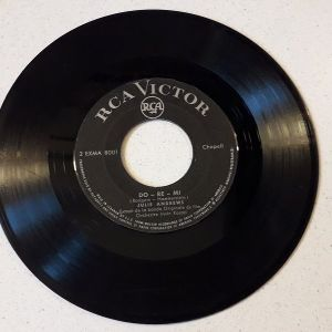 Vinyl record 45 - Julie Andrews