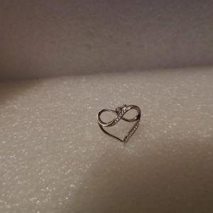 Ασημενιο Μενταγιον Heart Infinity