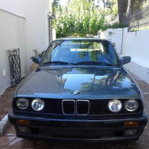 Αυτοκίνητο αντίκα/συλλεκτικό BMW 316i.
