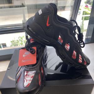 Nike Supreme New