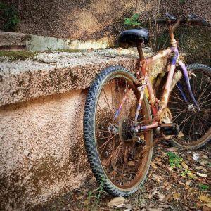 Επισκευές- Βαφές - ανακατασκευές ποδηλάτων