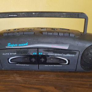 Πωλείται το ραδιοκασετόφωνο Sharp Hero super sound