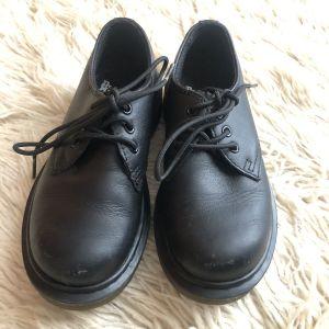 Dr. Martens Oxford Shoes Μαύρο παιδικό παπούτσι - δέρμα
