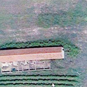 Πωλείται χωράφι 2000 τ.μ. με νόμιμη αποθήκη 330 τ.μ. στα Δελέρια Τυρνάβου