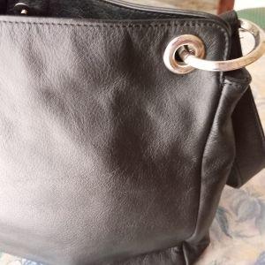 Τσάντα ομού μαύρη καινούργια.