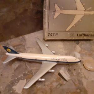 μινιατουρα αεροπλανο  Lufthansa 747 cargo μεταλλικο Schuco Germany