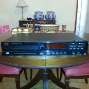 CD-PLAYER  LUXMAN  DZ-120