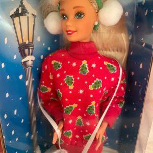 Caroling Fun Barbie special edition