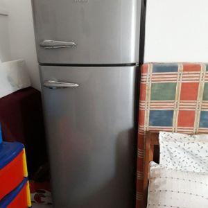 Ψυγείο με κατάψυξη