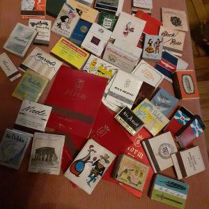 Vintage συλλογη σπιρτοκουτων του 1950 και 1960 απο πολλες χωρες ,50 κομματια