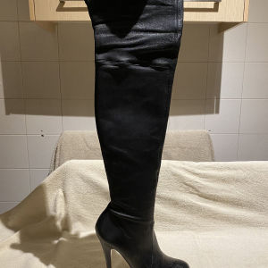 CASADEI Boots in excellent condition with box and dust bag. Size 38,5