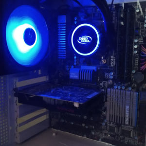 Gaming οκταπύρηνο PC AMD FX 8320, RX 550 4GB, 12GB RAM, SSD και υδρόψυξη