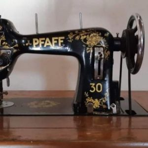 Ραπτομηχανή pfaff