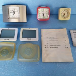 ρολογια ξυπνητηρια,τεμ=3 και μπανιου αδιαβροχα,τεμ=2,συνολο,τεμ=5,ολα μαζι=20€