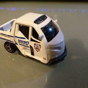 Μινιατουρα NYPD Τριαξονικο Matchbox
