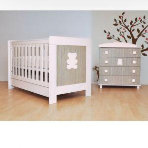 Βρεφικό κρεβάτι και αλλαξιερα μωρου