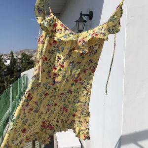 ολόσωμη φόρμα Bershka XS