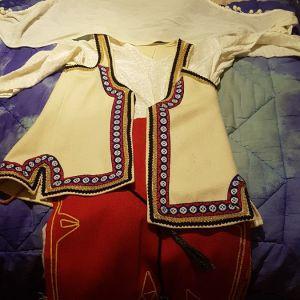 Παραδοσιακή στολή Δεσφινας