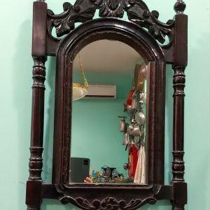 Καθρέφτης παλιός ξυλόγλυπτος