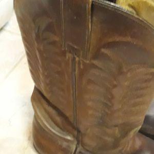 Μπότες μυτερες