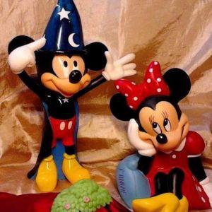 ~MIKY& ΜΙΝΥ ΜΕΓΑΛΟΣ ΕΡΩΤΑΣ!! μεγαλες φιγουρες {LiveDisney&WarnerBros}