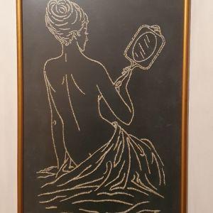 Γυναίκα σε μαύρο φόντο - χειροποίητο κέντημα