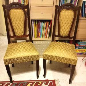 Τέσσερις (4) καρέκλες τραπεζαρίας vintage