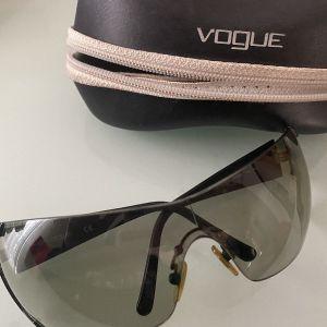 γυαλιά ΗΛΙΟΥ vogue