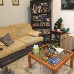 Σαλόνι (Διθέσιος καναπές, πολυθρόνα, σκαμπό , τραπεζάκι), σε άριστη κατασταση