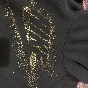 Nike φούτερ με κουκούλα