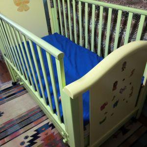 Παιδικό κρεβάτι κουνια