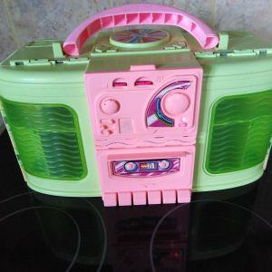 ραδιοφωνο-σπιτακι