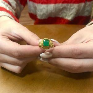 Δαχτυλιδι 18k με Σμαραγδι