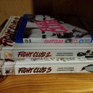 Fight Club. Bluray της ταινιας με ολοκληρη τη συλλογη των κομιξ. Τα graphic novel που ειναι τα αυθεντικα κ οχι μετεφρασμενα. Ειναι ακριβα κ δυσευρετα. Η τιμη που τα δινω ειναι πολυ καλη