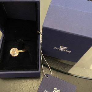 Swarovski δαχτυλίδι μονόπετρο