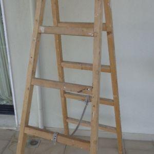 Σκάλα  ξύλινη (5) σκαλοπάτια  - θεσσαλονικη