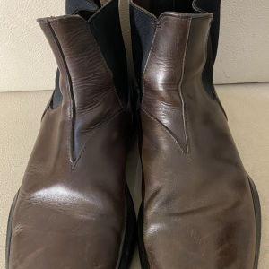 extremely gorgeous genuinely leather boots by Prada made in Italy size 44 in excellent condition