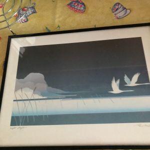 Ένας πίνακας με πουλια
