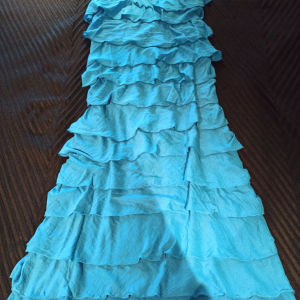 Φόρεμα Αccess με βολάν και έναν ώμο
