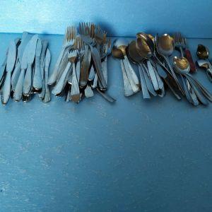 κουταλια,μαχαιρια,πηρουνια,ανοξειδωτα μεταλλικα,τεμαχια=94,τιμη για ολα μαζι=20€