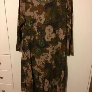φόρεμα φλοράλ ζεστό χειμωνιάτικο νούμερο L